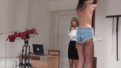 The Spanking Machine – Sissi's Bare Back Whipping 1717